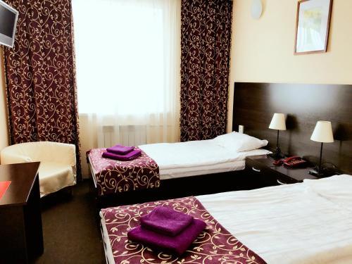 . Hotel Abazhur-ZURO
