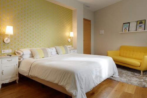 Doppel- oder Zweibettzimmer – Erdgeschoss mit Bergblick Hotel San Prudentzio 9