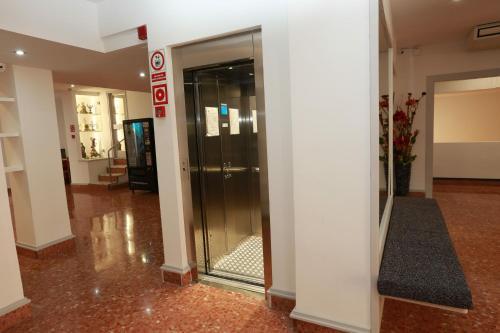 Hotel Alguer Camp Nou photo 35