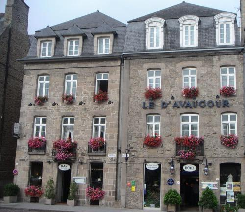 Hôtel Le D'Avaugour - Hôtel - Dinan