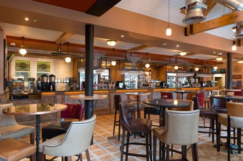 The Bull & Stirrup Hotel Wetherspoon picture 1 of 15