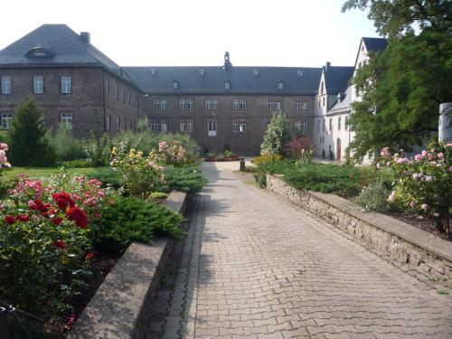. Schloss Hotel Wallhausen