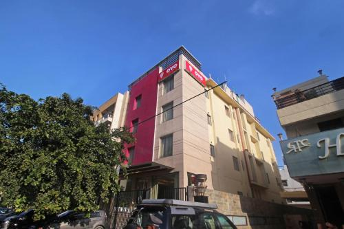 OYO Flagship 504 Greater Kailash