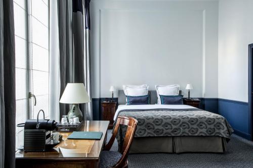 Hôtel Brighton - Esprit de France Полулюкс