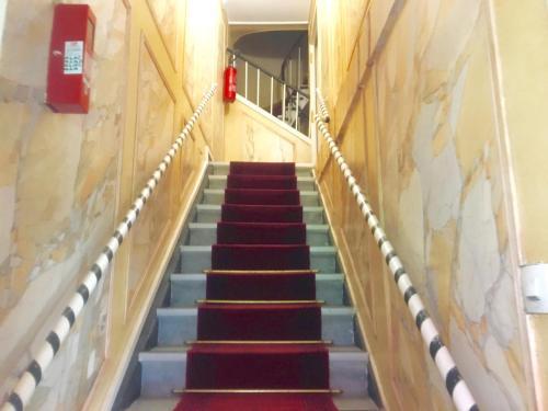Hôtel du Centre photo 3