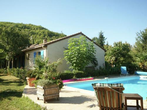 . Beautiful Holiday Home in Espere with Swimming Pool