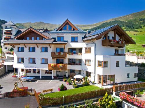 Apart-Hotel Aurora Fiss - Accommodation