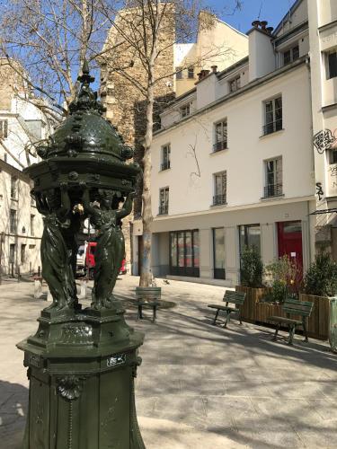 My Maison In Paris - Sentier photo 2