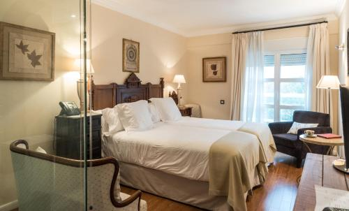 Superior Double or Twin Room with Mountain View - single occupancy Casona del Boticario 19