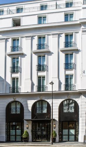 45 rue des Acacias, 75017, Paris, France.