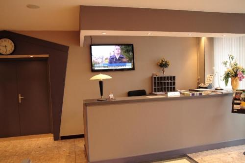 Hôtel Pourcheresse - Hotel - Dole