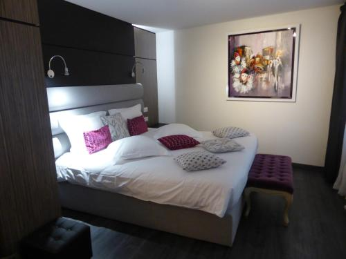 __{offers.Best_flights}__ L'Hostellerie du Château