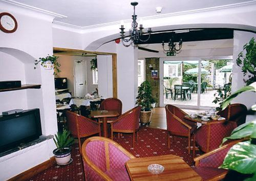Nonsuch Park Hotel photo 11