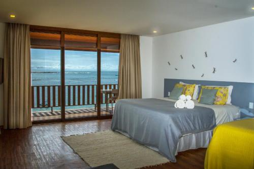 King Suite with Spa Bath and Sea View - Upper floor