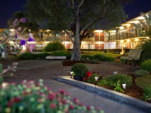 Park Pointe Hotel - South San Francisco, CA CA 94080