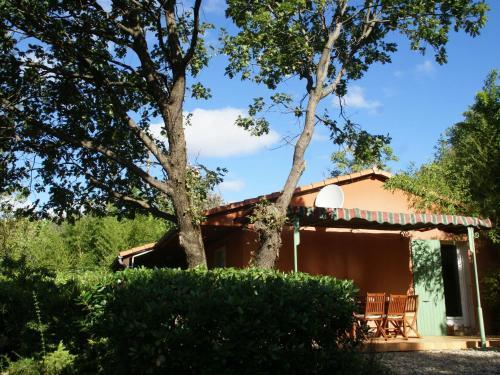 Maison De Vacances - Les Salelles 1