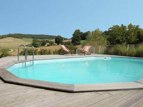 . Pretty Farmhouse With Private Pool in Montadet France
