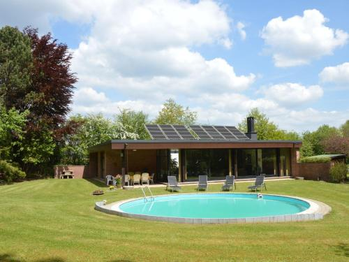 . Gorgeous Villa with Private Heated Pool in Stavelot