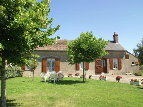 . Rural house with fantastic views over the Loire Valley