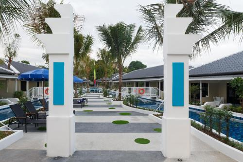 Brook Resort And Villas