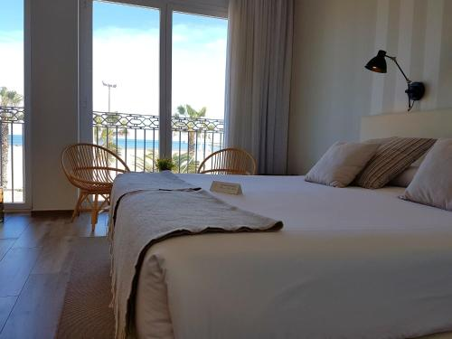 Double Room with Sea View - single occupancy Hotel Boutique Balandret 45