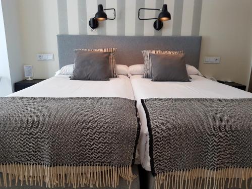 Habitación Doble Estándar - 1 o 2 camas - Uso individual Hotel Boutique Balandret 60