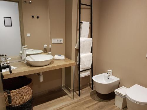 Habitación Doble Estándar - 1 o 2 camas - Uso individual Hotel Boutique Balandret 66