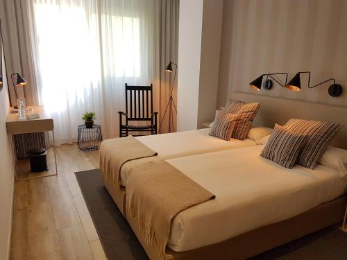 Budget Double or Twin Room - single occupancy Hotel Boutique Balandret 13