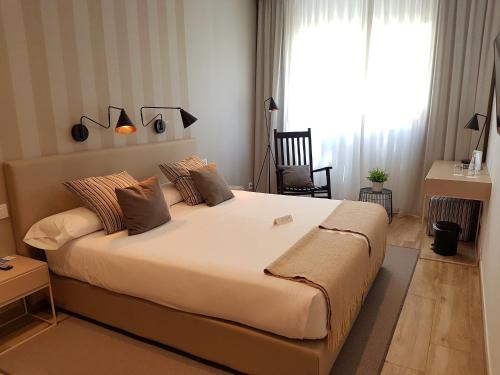 Budget Double or Twin Room - single occupancy Hotel Boutique Balandret 14