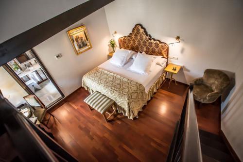 Habitación Doble Clásica con bañera de hidromasaje - 1 o 2 camas - Uso individual Las Casas de la Judería de Córdoba 15