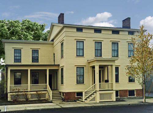 Inn at 34 - Accommodation - Hudson