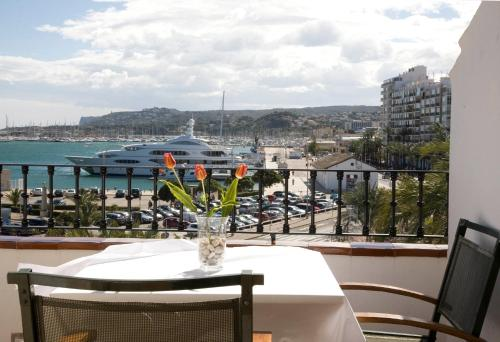 Junior Suite with Terrace - single occupancy La Posada del Mar 7