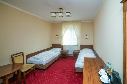__{offers.Best_flights}__ Hotel Grant