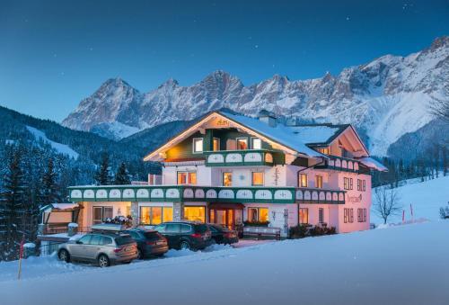 Landhaus & Ferienwohnungen Bergrast Ramsau am Dachstein