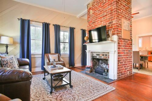 Southern Charm - Two-Bedroom