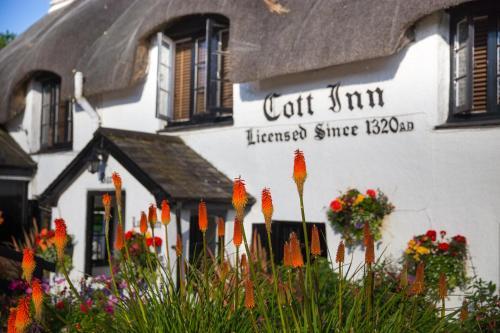 Cott Lane, Dartington, Totnes, Devon, TQ9 6HE, England.