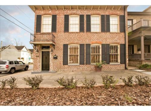 Phillips House - Three-Bedroom - Savannah, GA 31401