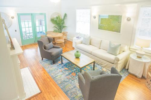 Drayton Place (Unit 3) - Two-Bedroom