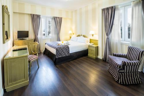 Claridge Hotel photo 11