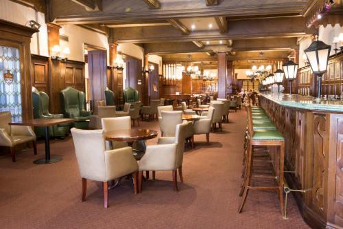 Claridge Hotel photo 23