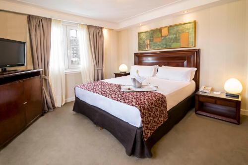 Claridge Hotel photo 34