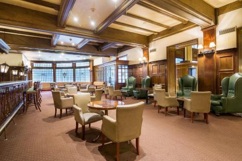 Claridge Hotel photo 38