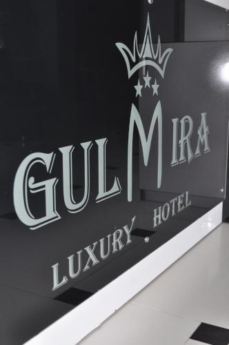 . Hotel Gulmira and Ko on Reshetnikova 2 B