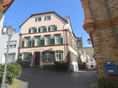 . Charming Holiday Home in urzig with Fireplace