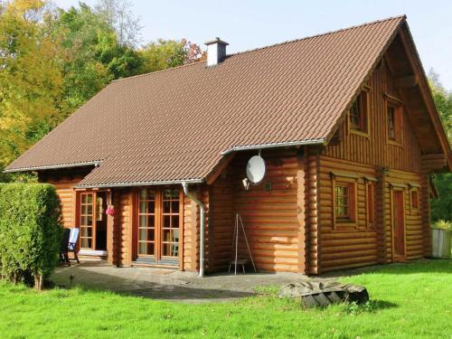 Vintage Chalet in Liebenscheid near the Forest