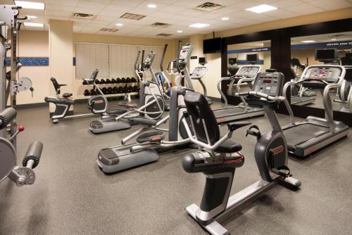 Hampton Inn & Suites Newark-Harrison-Riverwalk - Harrison, NJ 07029