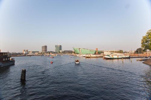 Dockyard Apartment photo 13