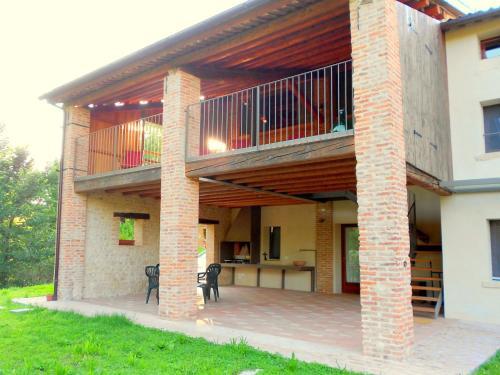 Cozy Farmhouse in Pagnano Italy near Forest - Hotel - Asolo