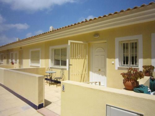 Quaint Holiday Home in Rojales with Pool