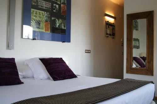 Habitación Doble - 1 o 2 camas - Uso individual Hotel Monument Mas Passamaner 11